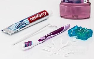 mondwater en tandpasta veroorzaken fluoride intoxicatie.
